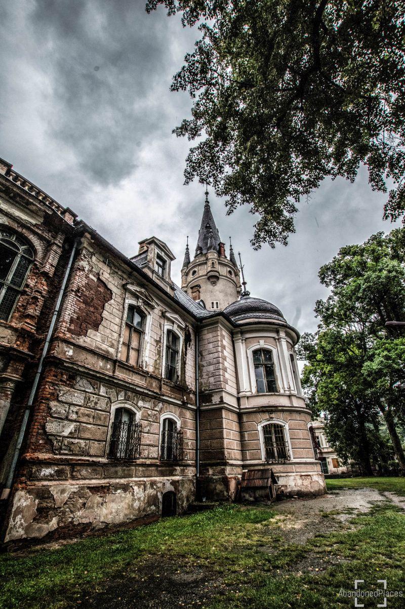 Opuszczony Pałac